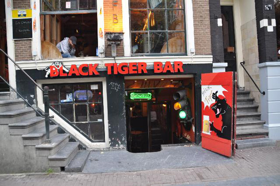 Coffeeshop Black Tiger Bar in Amsterdam