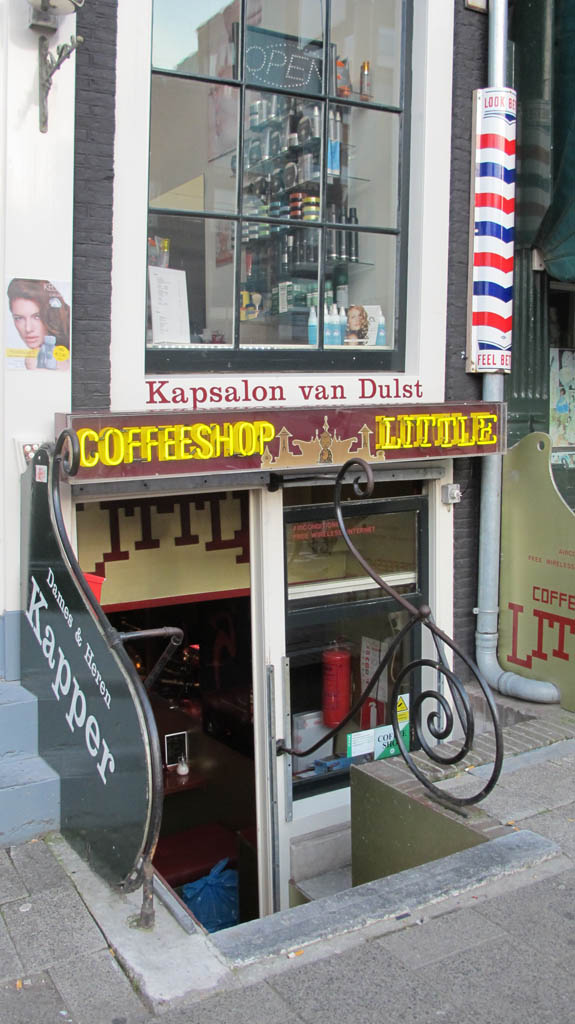 Coffeeshop Little in Amsterdam
